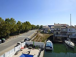 "Large plot with boat mooring 9x3 near the beach ""La Rubina"""